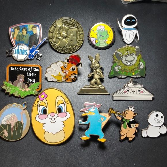 Disney Jewelry - Disney Pins